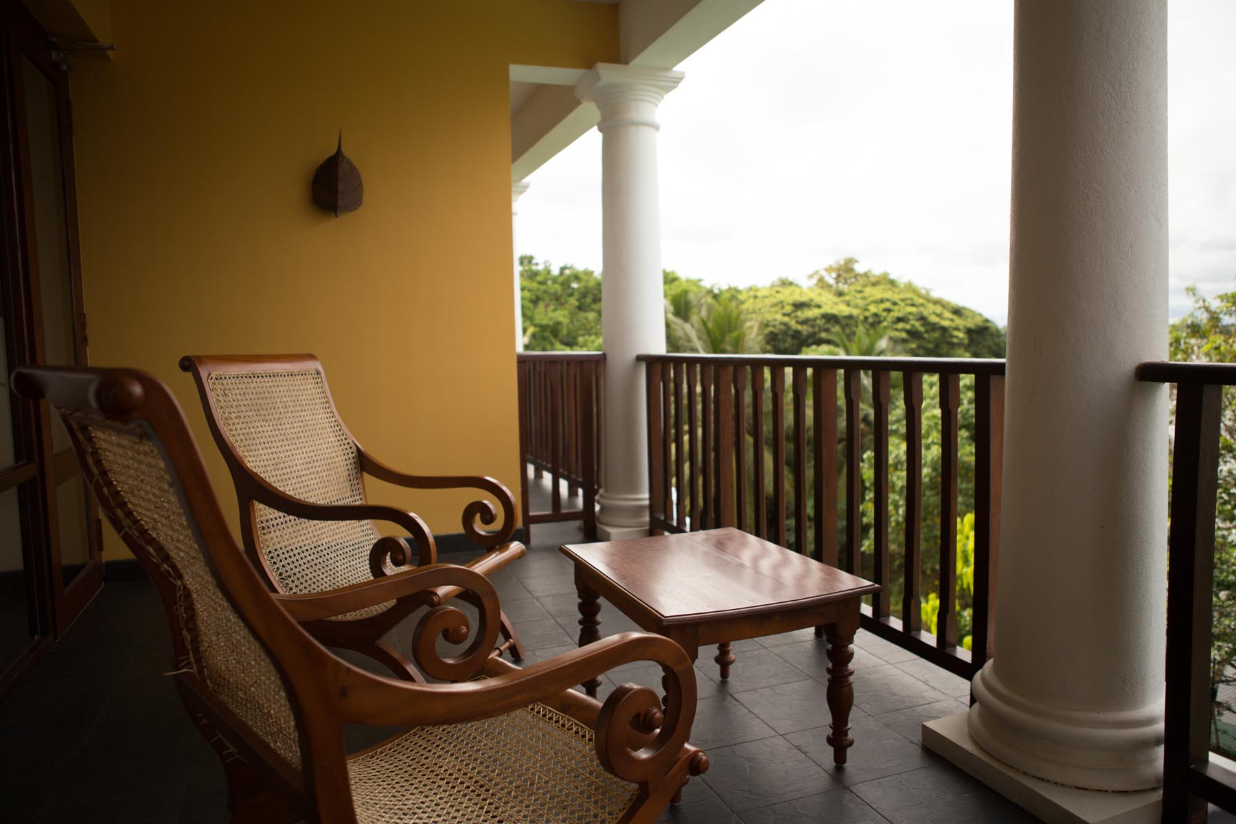 thaulle-resort-sri-lanka-standard-room-balcony
