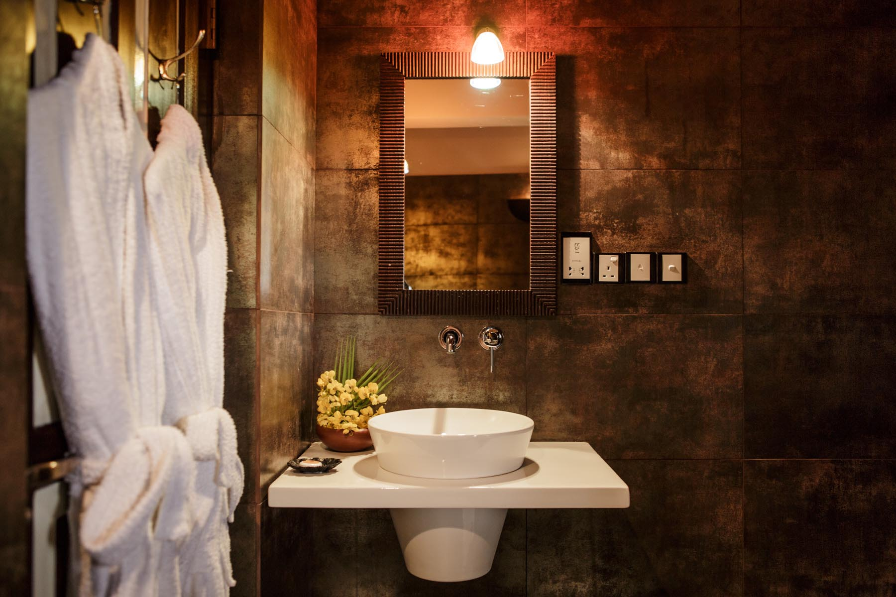 thaulle-resort-sri-lanka-thaulle-suite-bathroom