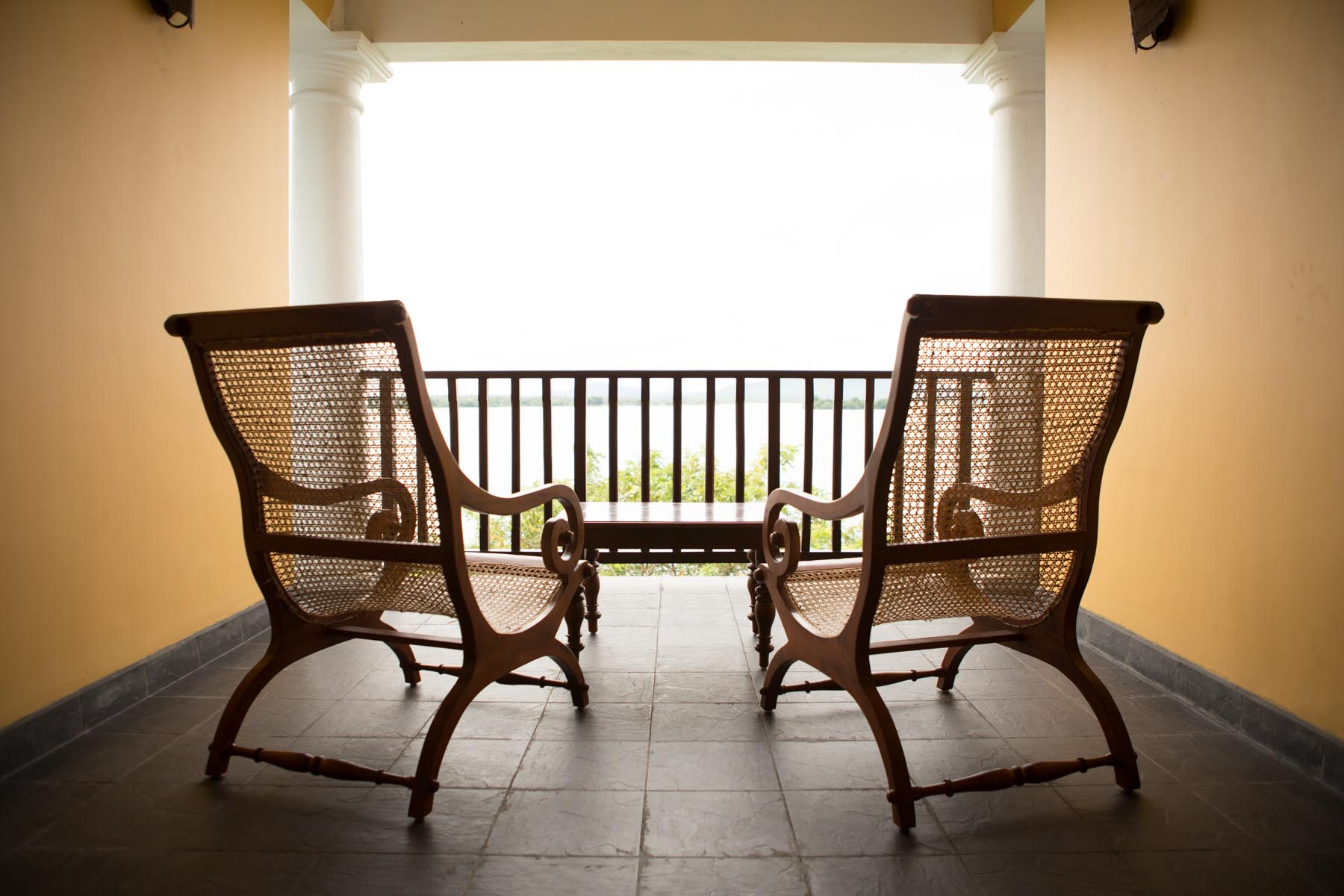 thaulle-resort-sri-lanka-thaulle-suite-outside-lounge
