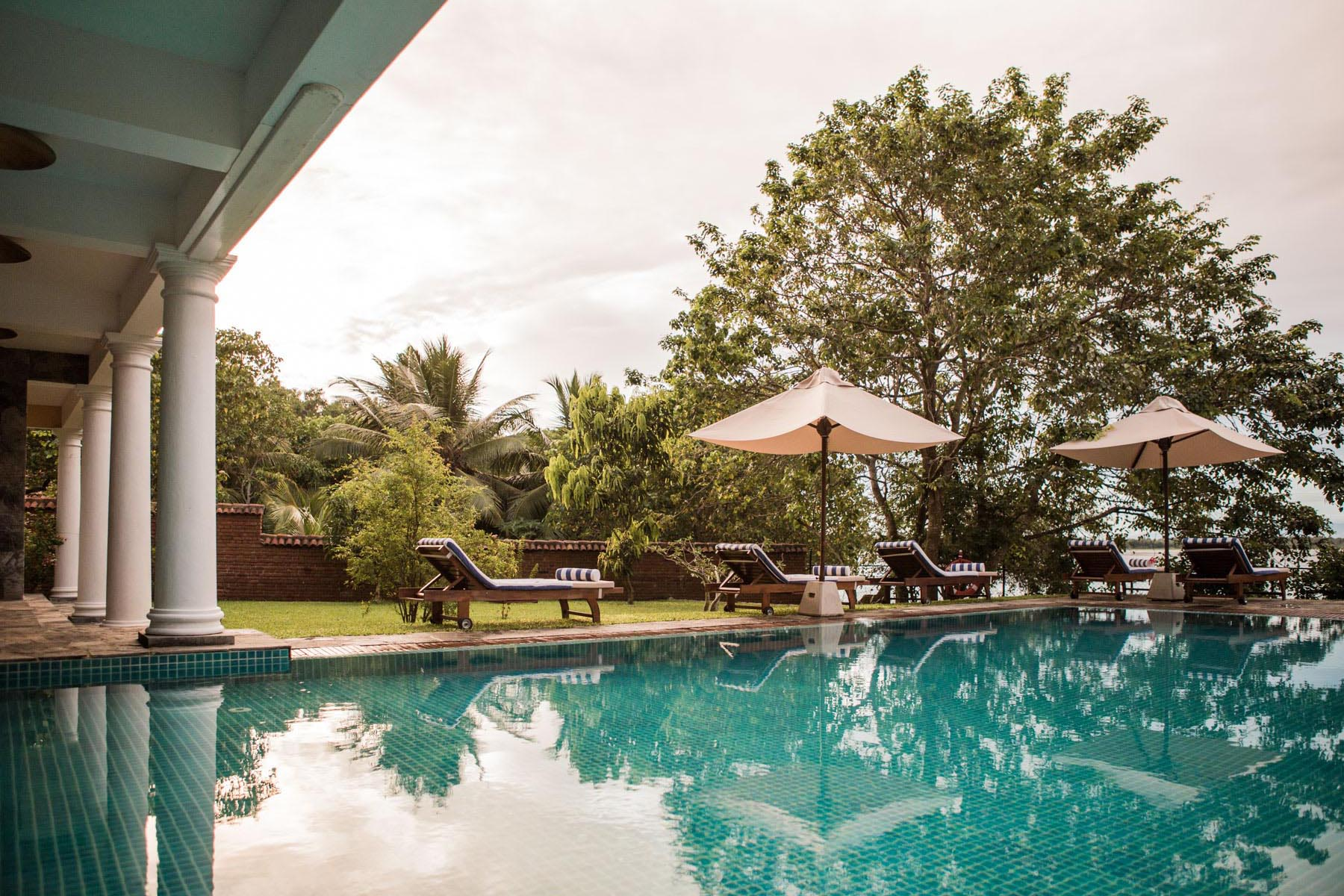 thaulle-resort-sri-lanka-the-pool1