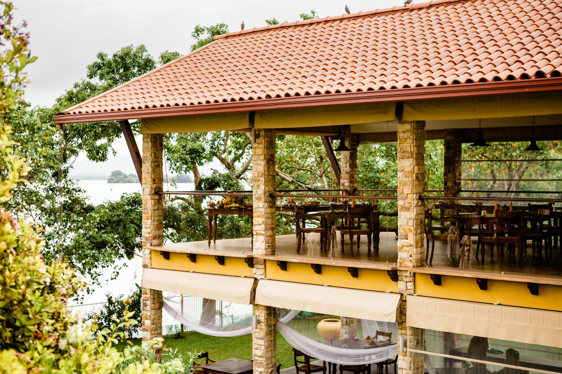 thaulle-resort-sri-lanka-the-restaurant2